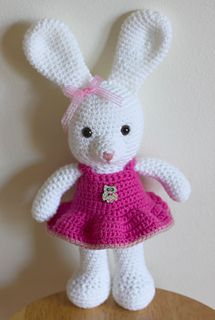 Make It: Dress Up Bunny - Free Crochet Pattern #crochet #amigurumi #ravelry #free