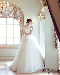 wedding dress from friend's tumblr