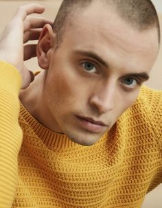 Male Models, Crochet, Unique, Fashion, Men Models, Moda, Fashion Styles, Ganchillo, Crocheting