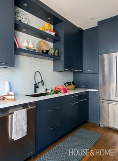 Makeover: A Small Kitchen With Dramatic Dark Cabinets