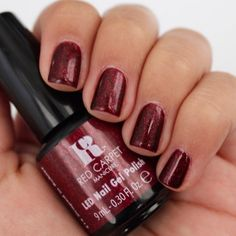 Red Carpet Manicure Draped In Rubies Gel Polish Gel Polish Designs, Nail Polish Kits, Best Gel Nail Polish, Nail Art Designs, Shellac Nail Colors, Glitter Gel Nails, Red Glitter, Dark Nails, Red Nails