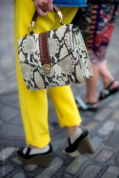 bright yellow trouser w/ snake skin purse