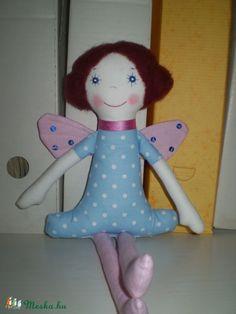 Pille Veronika baba (pillenyek) - Meska.hu Dinosaur Stuffed Animal, Toys, Animals, Pills, Activity Toys, Animales, Animaux, Clearance Toys, Animal