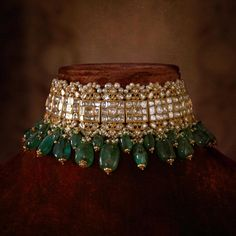 Indian Jewelry, Sabyasachi Choker Necklace Indian Necklace Set, Kundan Jewelry, 2 choices - New Ideas Indian Jewelry Sets, Indian Wedding Jewelry, Bridal Jewelry Sets, Pakistani Jewelry, Bridal Jewellery, Indian Bridal, Indian Necklace, Luxury Jewelry, Gold Jewelry