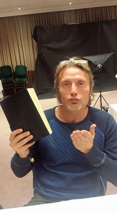 Mads Mikkelsen - Red Dragon Con [ Source ] ""