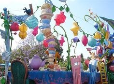 Mad Hatter Tea Party by Amanda Beth, via Flickr