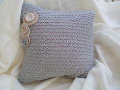 Pillowcase. Refashioned. Made by UstriZeny:Netuseva.