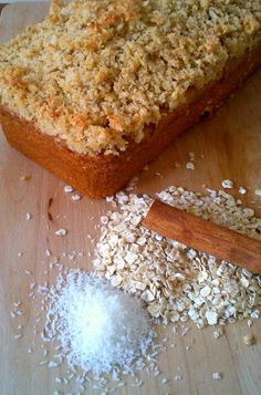 Elena 's Cooking: Αφράτο κέικ με βρώμη και τραγανή κρούστα από καρύδα