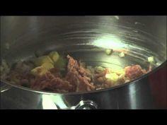 Recept voor stoemp met varkensvlees en verse kruiden | njam!