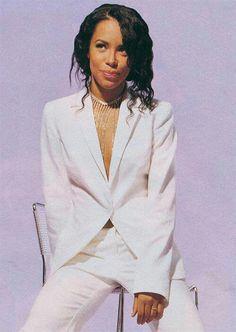 Aaliyah An Angel Rip Aaliyah, Aaliyah Style, Aaliyah Outfits, Angela Simmons, Christina Aguilera, Mtv, Rihanna, Xavier Naidoo, Hip Hop