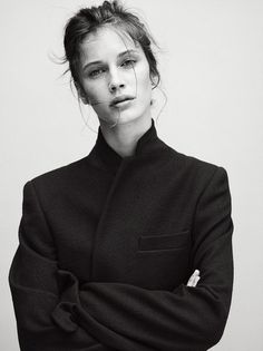 A Feminine Tomboy — Marine Vacth - Vogue Paris Trendy Mood, Portrait Photography, Fashion Photography, Charlotte Rampling, Zooey Deschanel, Foto Pose, Veronica Beard, Twiggy, Alexa Chung