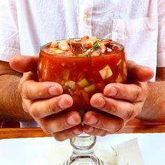La gastronomía de #Ensenada es una de las razones por las cuales es visitada cada año, la frescura combinada con un delicioso sabor, hace de esto una experiencia inolvidable para tu paladar Aventura por mexicanfoodmemories #food #seafood #delicious #tasty #coctel #Ensenada #Baja #Mexico #visit #foodie
