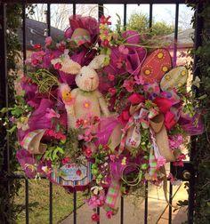 Huge Bunny Wreath, Easter Wreath, Spring Wreath, Spring Door Wreath, Large and Fun Mesh Bunny Wreath with Eggs