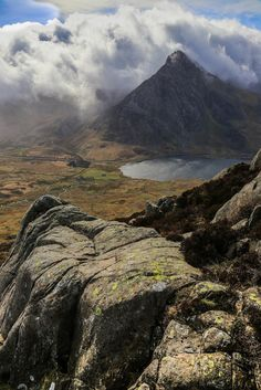 country-tweed: Tryfan, Nant Ffrancon, Snowdonia, Wales by Pommyjon on Flickr Landscape Photos, Landscape Photography, Nature Photography, Countryside Landscape, Mountain Landscape, Costa Rica Pictures, Places To Travel, Places To Visit, British Countryside