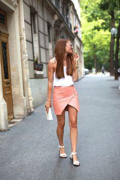 2014 Sandals: Pertini by b a r t a b a c/ Top: Zara / Skirt: Ewigem/ Jacket: Levi's/ Bag: Mango