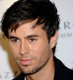 Enrique Iglesias helps heat up our dance floor! Enrique Iglesias, I Love Him, My Love, Music Is My Escape, Sex And Love, All Smiles, Record Producer, Haircuts For Men, New Music