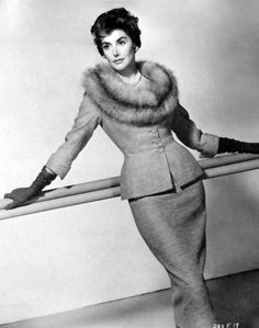 Kay Kendall Vogue | Kay Kendall, Great British actress died of cancer and married to Rex Harrison. Very funny.