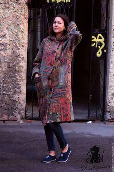 """Купить авторское валяное пальто в технике """"пэчворк """" - комбинированный, пальто…"""