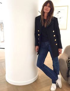 The classic looks are often the best! (Caroline de Maigret photo) Source by primophoto Fashion Mode, Fashion 101, Fashion Week, Paris Fashion, Winter Fashion, Fashion Looks, Style Fashion, Fashion Outfits, Mode Style