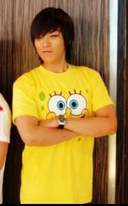 Tabi love his spongebob shirt! :)