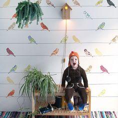 #miEstilo Mirad qué ideas tan chulas para #decorar el cuarto del #bebé con #papelpintado  (link en foto)