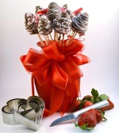 Chocolate Dipped Strawberries Bouquet | Strawberry Appetizer #valentine