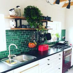 41 Ideas kitchen colors with white cabinets dark counter beams Home Decor Kitchen, Kitchen Interior, New Kitchen, Home Kitchens, Kitchen Design, Green Tile Backsplash, Kitchen Wall Tiles, White Kitchen Cabinets, Green Tiles