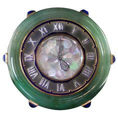 this would rock as a wristwatch CARTIER Paris Art Deco Beautiful jade, mother of pearl and lapis lazuli desk clock Radios, Antique Clocks, Vintage Clocks, Antique Watches, Vanitas, Art Nouveau, Estilo Art Deco, Cool Clocks, Paris Art