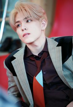 Find images and videos about blonde hair, and 데이식스 on We Heart It - the app to get lost in what you love. Jae Day6, K Pop, Beautiful Boys, Beautiful People, Kim Wonpil, Young K, Wattpad, Kpop Guys, K Idols