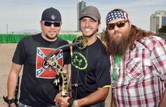 Jason Aldean,Luke Bryan and Duck Dynasty Wille Robertson :)