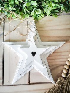 Set of 3 Stars with Heart Detail