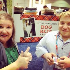 """I happened upon Bill Klein of """"The Little Couple"""" who also has a pet store at #globalpetexpo"""