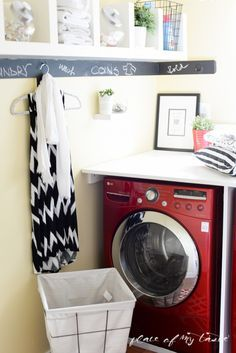 Laundry - not our favorite space on Earth usually, is it? ;-) Let me help you with some tips how tp organize is to make managing everyday chores easier.