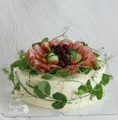 Holiday Appetizers, Holiday Recipes, Salad Cake, Sandwich Cake, Just Eat It, No Bake Treats, Food Plating, Yummy Cakes, Finger Foods