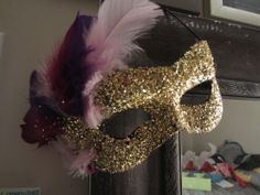 DIY Mardi Gras Mask