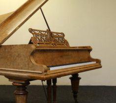 Le piano du film Help ! est à vendre | Yellow-sub