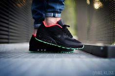 RT @SNEAKERHAVE: Nike Air Max 90 Hyperfuse ID pic.twitter.com/kDhfY3Binm