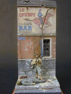 Nice little diorama here. Cowboys Bar, Cocktails Bar, Military Action Figures, Scale Art, Model Maker, Military Modelling, Military Diorama, Miniature Figurines, Plastic Model Kits