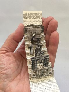 Tiny artist flag book about buildings by Kit Davey Flag book on the vertical! Never thought of that! Paper Book, Paper Art, Libros Pop-up, Accordion Book, Pop Up Art, Altered Book Art, Book Sculpture, Up Book, Handmade Books