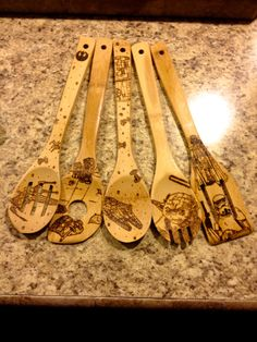 Custom Star Wars Wood Burned Spoons. Yoda by BenjaminsWoodWorking