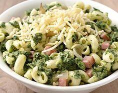 Macaroni met spinazie, ham en kaas