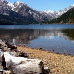 Twin Lakes, Bridgeport, California More vacation spots with the siblings and mom and dadl
