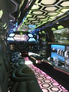 Awesome limo http://limosmc.mediagiantdesign.com