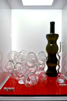 """Nadia Mikushova. The Bruni glass collection called """"Dune"""" at the CIBUS pavilion of the EXPO Milano 2015."""