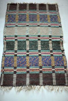 Bernhardina RUG - 69-70 cm x  108 cm - Cotton - Vintage Swedish handmade rag rug