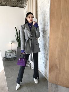 Korean Girl Fashion, Ulzzang Fashion, 80s Fashion, Asian Fashion, Chic Outfits, Pretty Outfits, Fashion Outfits, Mode Ulzzang, Queen Outfit