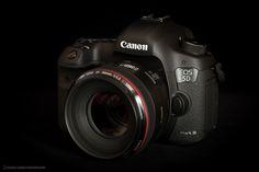 Canon_5D_MarkIII. La cámara para todo con la calidad de imagen y vídeo que uno necesita.