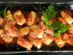 Gnocchi all'Aglione (home-made gnocchi with Tuscan garlic tomato sauce)