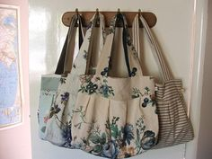 love this blog, love these bags