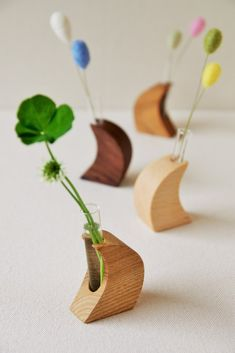 Flower Holder, Tree Designs, Wood Design, Wood Paneling, Bonsai, Wood Projects, Place Card Holders, Woodworking, Creema